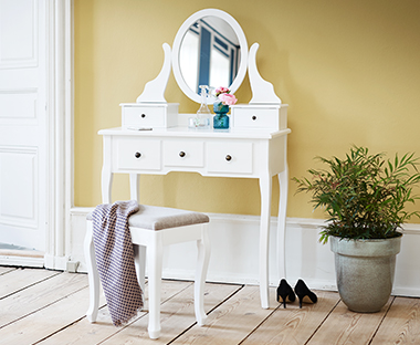 MALLING console table