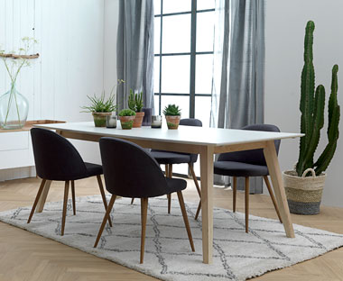 TARUP dining table
